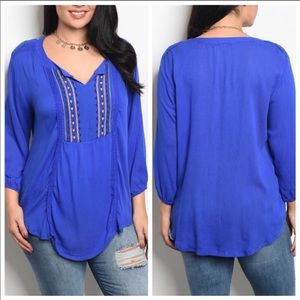 Tops - Boho Flowy Embroidered Top 1X NWT! Beautiful! 💙
